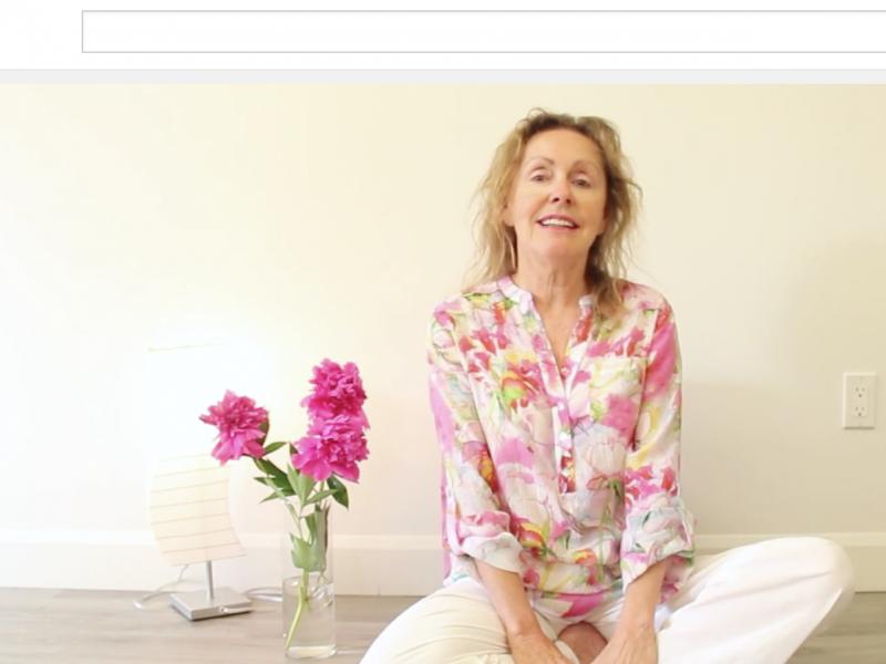 Lise Côté Marie Madeleine rose webzine