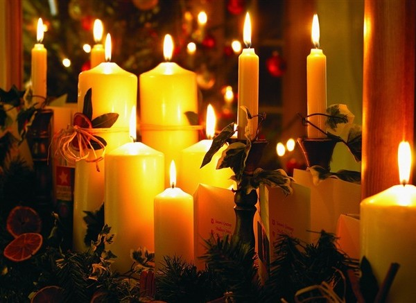 Christmas_Candle_Picture_-_Warm_Christmas_Night_medium