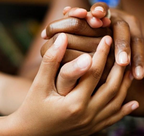 mains femmes