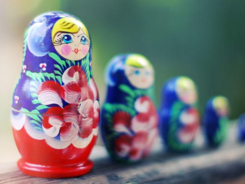 7029571-matryoshka-russian-dolls